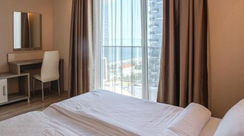 Silk Road Sea Towers Batumi Apartments - фото 1