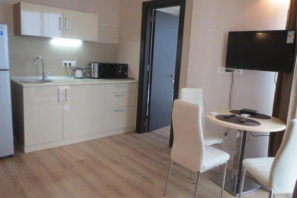 Silk Road Sea Towers Batumi Apartments - фото 19