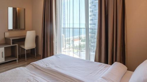 Silk Road Sea Towers Batumi Apartments - фото 2