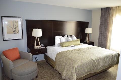 Photo of Staybridge Suites Bowling Green, an IHG Hotel