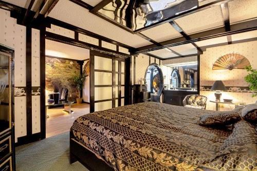 Photo of Economy Inn & Suites
