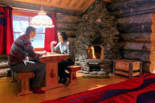 Kakslauttanen Arctic Resort - Igloos and Chalets - фото 7