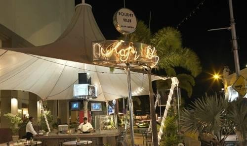 Holiday Villa City Center Alor Setar - фото 16