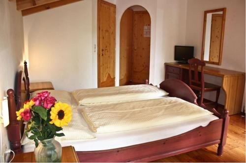 Hotel Landhaus Zell am See - фото 1