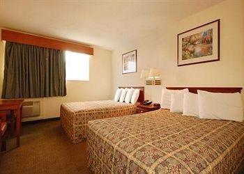Photo of 402 Hotel