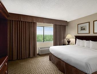 Photo of Days Inn & Suites by Wyndham Omaha NE