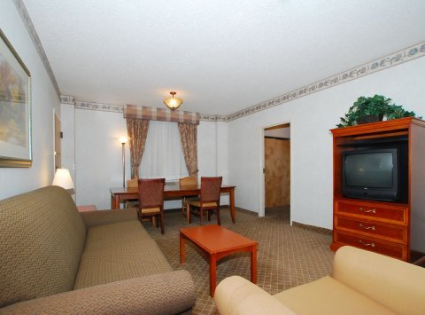 Photo of Four Points by Sheraton Omaha Midtown - BRAND NEW