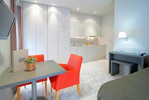 Apartamentos Living Alicante - фото 9