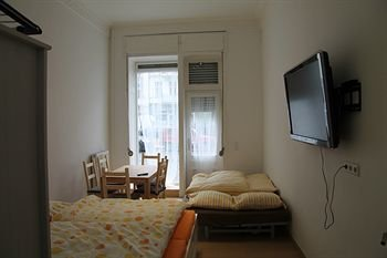 APARTMENT BERLIN KREUZBERG - фото 4