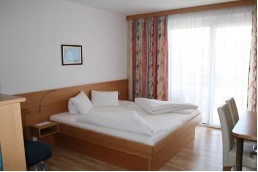 Гостиница «Turnersee», Unternarrach