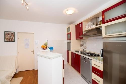 Apartment Marieta - фото 13