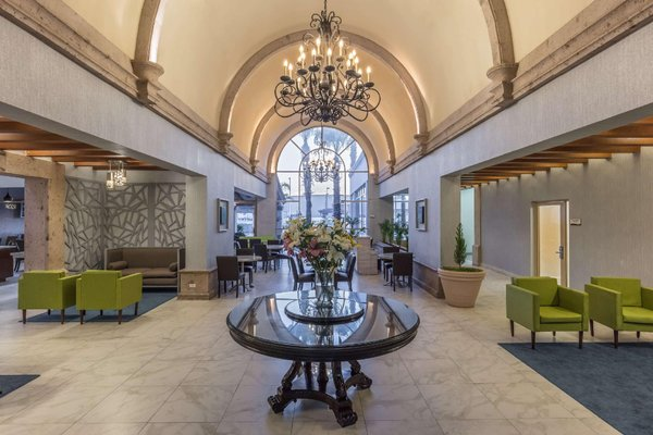 DoubleTree Suites by Hilton Saltillo - фото 15