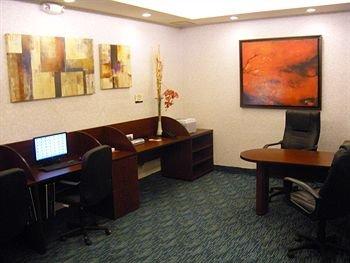 DoubleTree Suites by Hilton Saltillo - фото 17