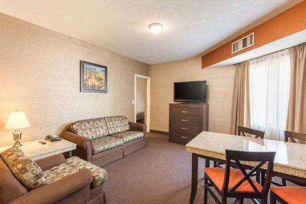 DoubleTree Suites by Hilton Saltillo - фото 4