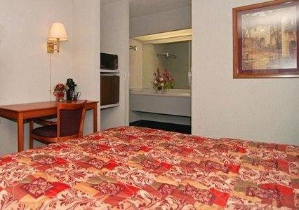 Photo of Quality Inn & Suites Near White Sands National Monument