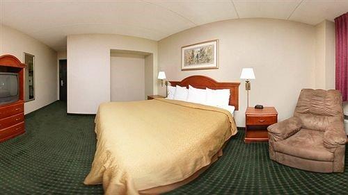 Photo of Badlands Inn & Suites
