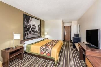 Photo of Super 8 by Wyndham Roswell