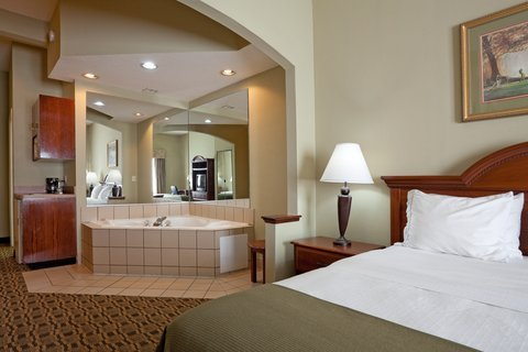 Photo of Holiday Inn Express Hotel & Suites Albemarle