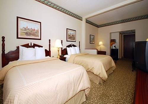 Photo of Comfort Suites Bethlehem Near Lehigh University and LVI Airport