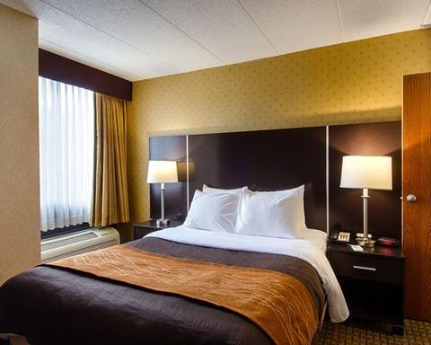Photo of Holiday Inn Express Fall River North