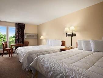 Photo of Finger Lakes Hotel