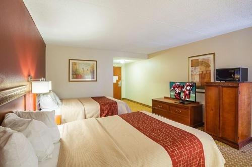 Photo of OYO Hotel Burlington South