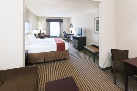 Photo of Holiday Inn Express & Suites Brady, an IHG Hotel
