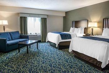 Photo of Comfort Inn & Suites Butler