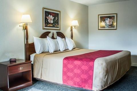 Photo of Econo Lodge Cortland