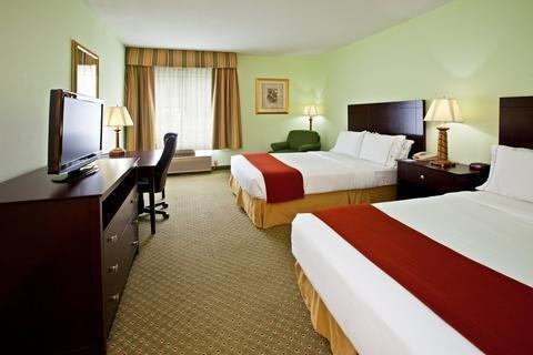 Photo of Holiday Inn Express Scottsburg, an IHG Hotel