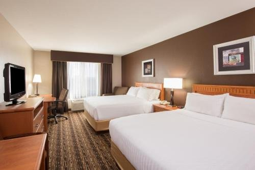 Photo of Holiday Inn Express & Suites Douglas, an IHG Hotel