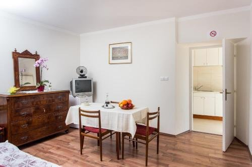Apartments Ljubimir - фото 13
