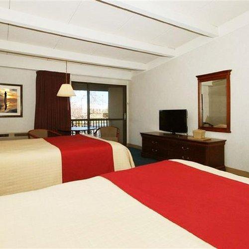 Photo of Magnuson Hotel Framingham