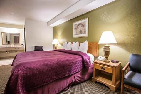 Photo of Quality Inn Centralia Chehalis