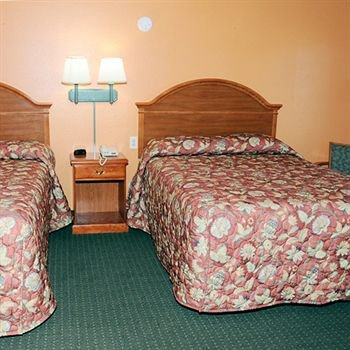 Photo of American Inn Cleburne