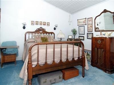 Photo of Hall Place Bed & Breakfast