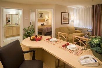 Photo of Sonesta Simply Suites Philadelphia Willow Grove