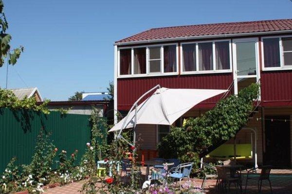Viktoria Guest House - фото 1