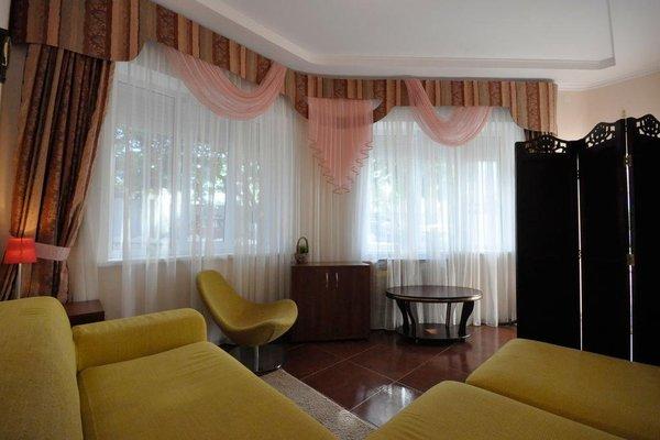 Apartments At Polevaya - фото 0