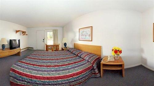 Photo of Econo Lodge West Liberty