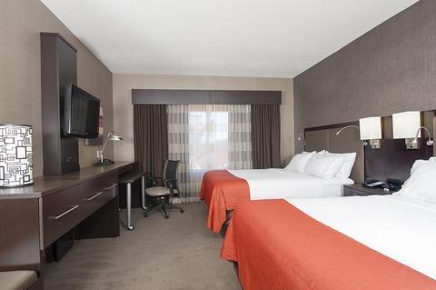 Photo of Holiday Inn Express Hotel And Suites Columbus Edinburgh