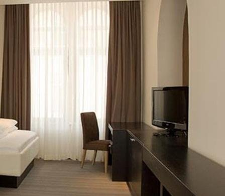 Hotel Platani - фото 1