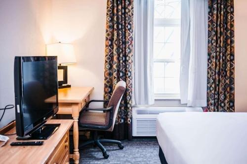 Photo of SureStay Plus Hotel by Best Western Elizabethtown Hershey