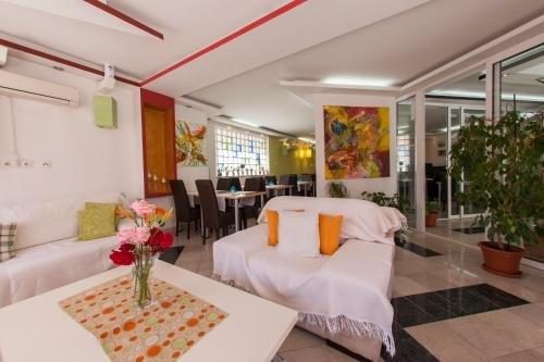 Hotel Hayat - фото 12