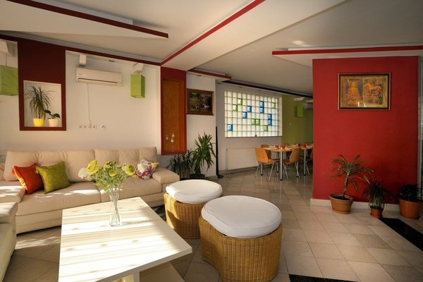 Hotel Hayat - фото 9