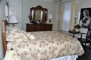 Photo of Robertshaw Country House Bed & Breakfast