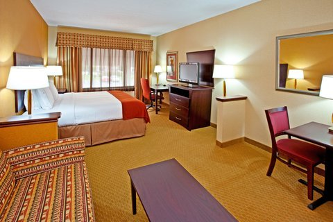 Photo of Holiday Inn Express Hotel & Suites Franklin, an IHG Hotel