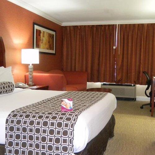 Photo of Crowne Plaza Hotel Monroe South Brunswick