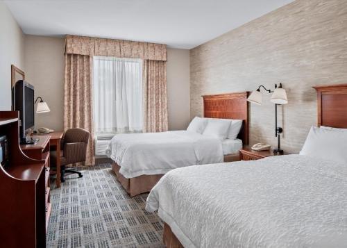 Photo of Hampton Inn & Suites Grove City