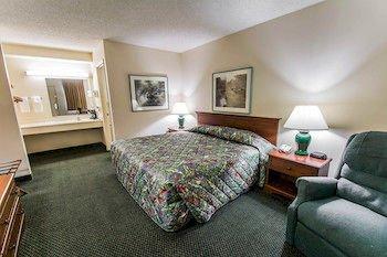 Photo of Red Roof Inn MacClenny